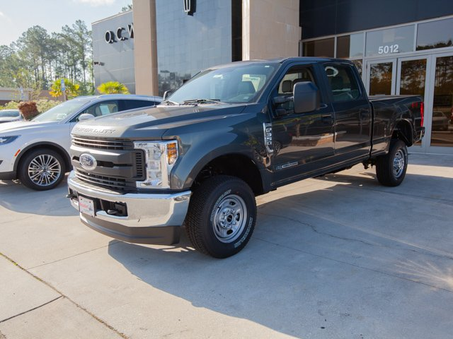 2018 F-350 Crew Cab 4x4,  Pickup #00T35446 - photo 1