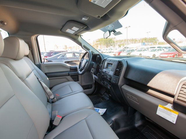 2018 F-150 Regular Cab 4x2,  Pickup #00T49537 - photo 17