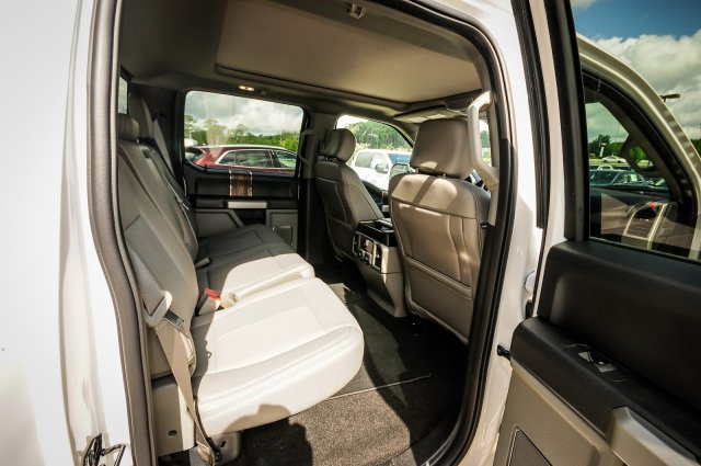 2018 F-150 SuperCrew Cab 4x2,  Pickup #00T68676 - photo 23