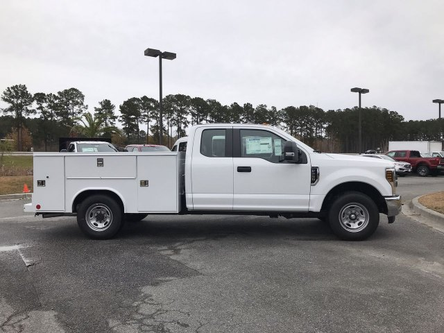 2019 F-250 Super Cab 4x2,  Reading Service Body #00T70884 - photo 4