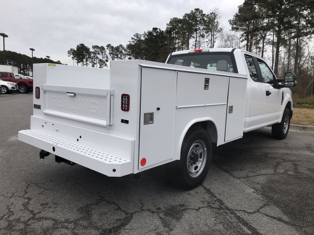2019 F-250 Super Cab 4x2,  Reading Service Body #00T70889 - photo 2