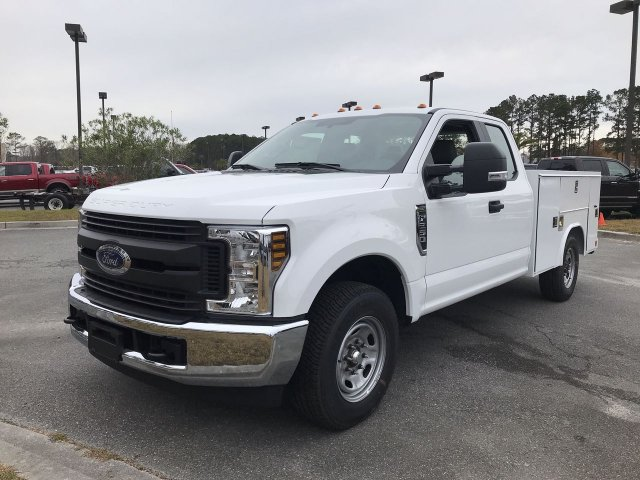 2019 F-250 Super Cab 4x2,  Reading Service Body #00T70889 - photo 5