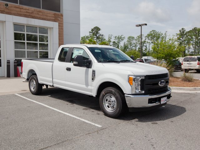 2017 F-250 Super Cab Pickup #00T82572 - photo 3