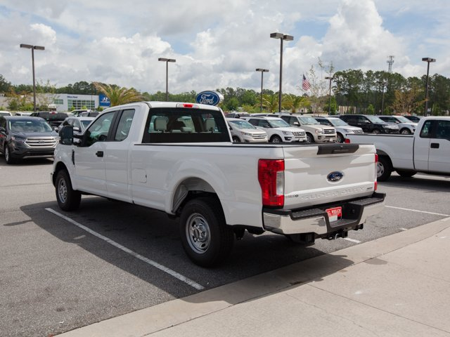 2017 F-250 Super Cab Pickup #00T82572 - photo 2