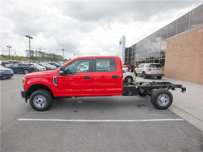 2017 F-350 Crew Cab 4x4 Cab Chassis #00T90842 - photo 5