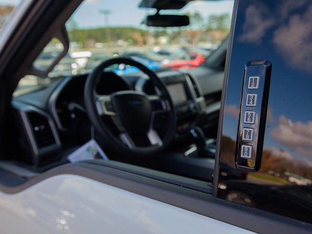 2018 F-150 SuperCrew Cab 4x4,  Pickup #00T99143 - photo 12