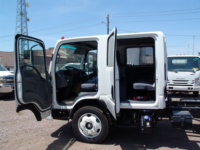 2019 NQR Crew Cab,  Cab Chassis #190038 - photo 4