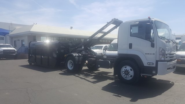 2018 FTR Regular Cab,  Cab Chassis #82761 - photo 3