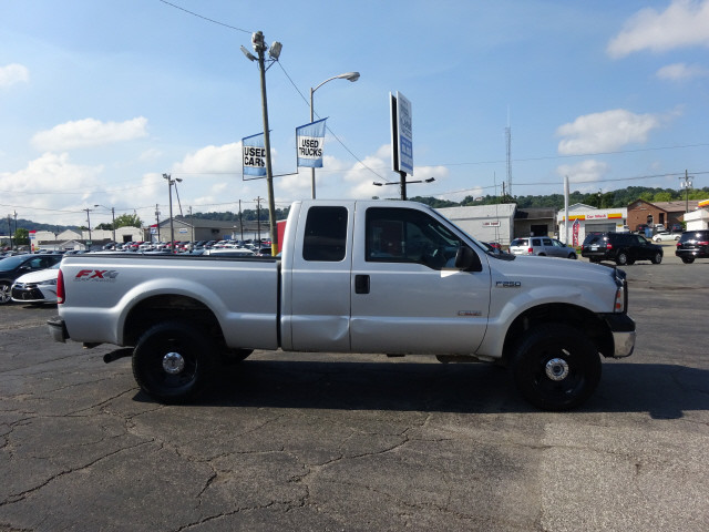 2006 F-250 Super Cab 4x4 Pickup #BF0025B - photo 3