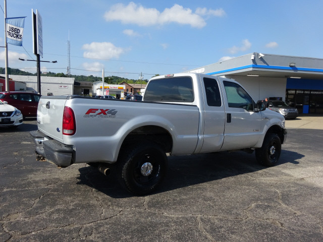 2006 F-250 Super Cab 4x4 Pickup #BF0025B - photo 2