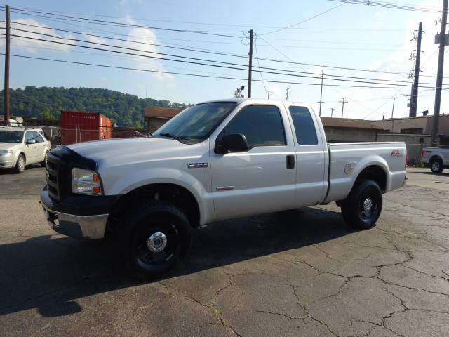 2006 F-250 Super Cab 4x4 Pickup #BF0025B - photo 7