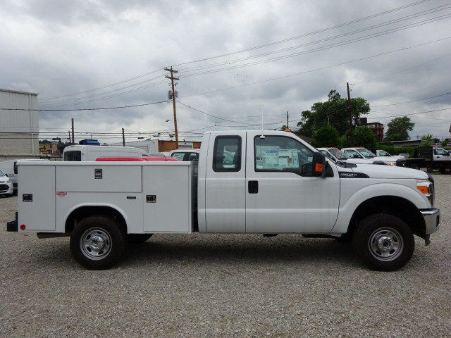 2016 F-250 Super Cab 4x4, Reading Service Body #BF0075 - photo 3