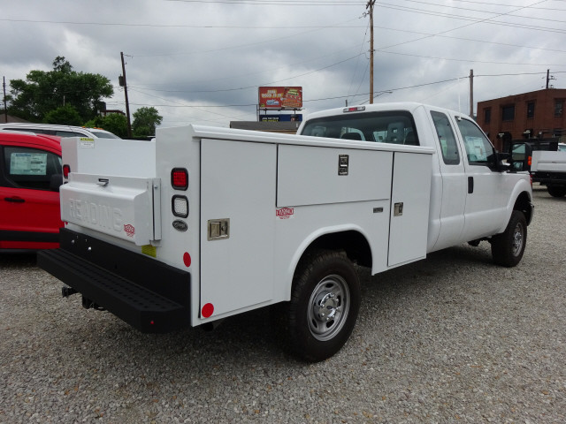 2016 F-250 Super Cab 4x4,  Reading Service Body #BF0075 - photo 2