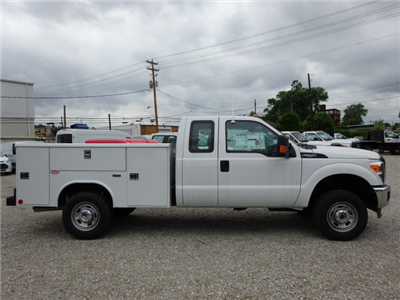 2016 F-250 Super Cab 4x4, Reading Classic II Steel Service Body #BF0075 - photo 3