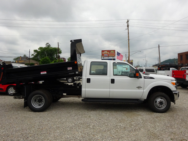 2016 F-350 Crew Cab DRW 4x4, Reading Dump Body #BF0078 - photo 3