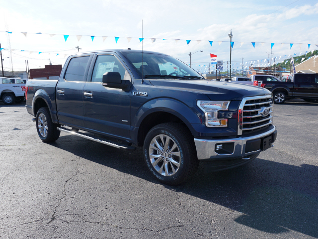 2017 F-150 Crew Cab 4x4 Pickup #BF0216 - photo 3