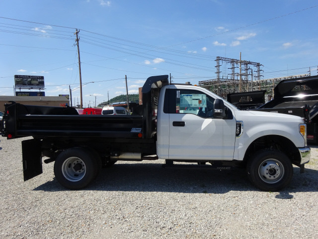 2017 F-350 Regular Cab DRW 4x4, Crysteel Dump Body #BF0234 - photo 3