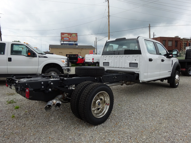 2017 F-550 Crew Cab DRW 4x4 Cab Chassis #BF0242 - photo 2