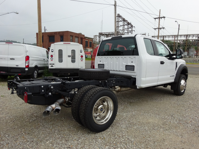 2017 F-550 Super Cab DRW 4x4, Cab Chassis #BF0244 - photo 2