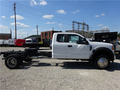 2017 F-550 Super Cab DRW 4x4, Cab Chassis #BF0245 - photo 3