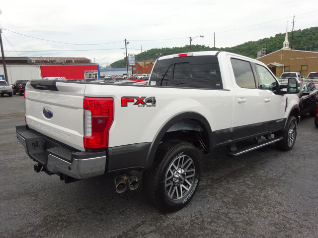 2017 F-250 Crew Cab 4x4, Pickup #BF0315 - photo 2