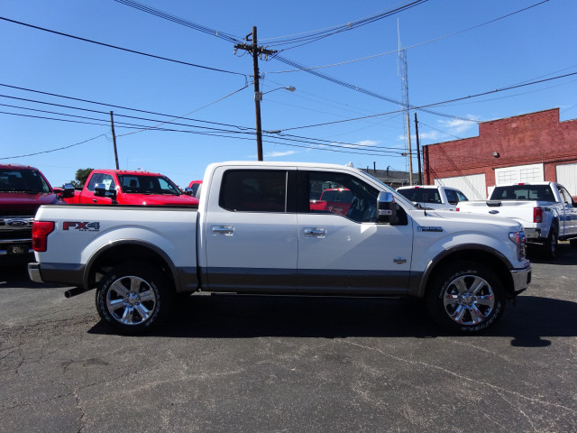 2018 F-150 Crew Cab 4x4, Pickup #BF0500 - photo 3