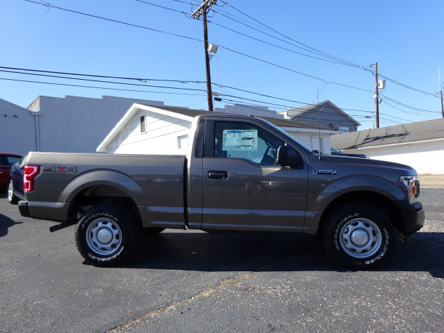 2018 F-150 Regular Cab 4x4, Pickup #BF0517 - photo 3