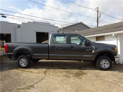 2017 F-250 Crew Cab 4x4 Pickup #BF0518 - photo 3