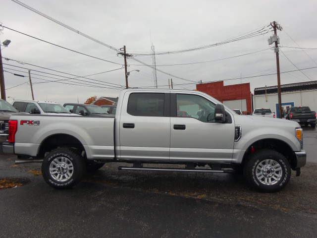 2017 F-250 Crew Cab 4x4 Pickup #BF0528 - photo 3