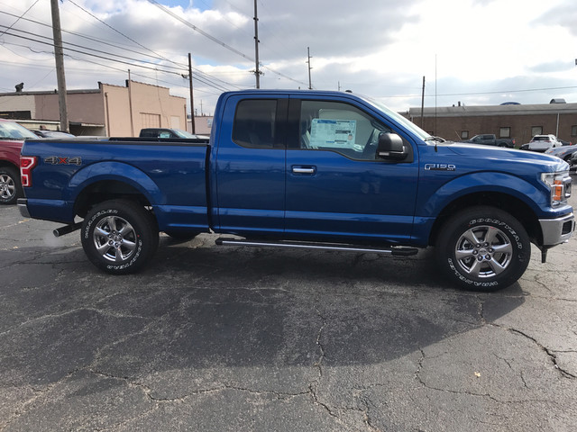 2018 F-150 Super Cab 4x4, Pickup #BF0580 - photo 2