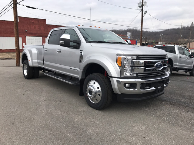 2017 F-450 Crew Cab DRW 4x4, Pickup #BF0633 - photo 3