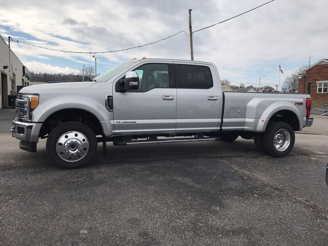 2017 F-450 Crew Cab DRW 4x4, Pickup #BF0633 - photo 5
