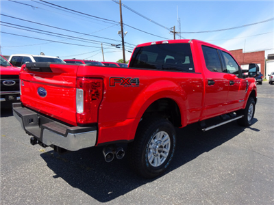 2017 F-250 Crew Cab 4x4 Pickup #BFX0336 - photo 2