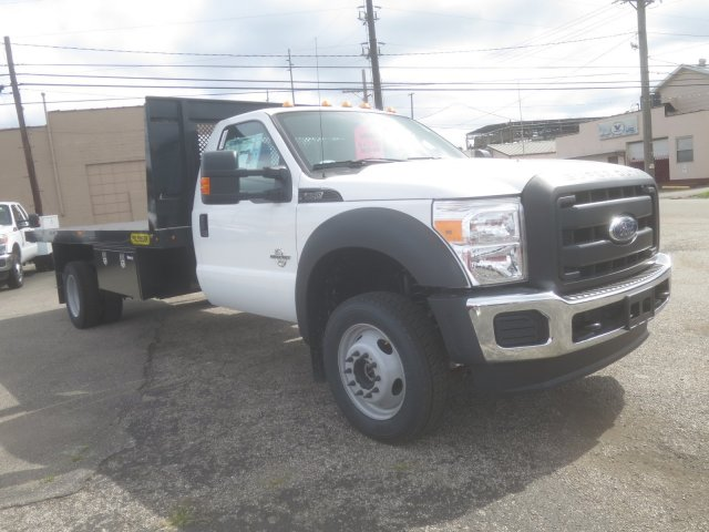 2016 F-550 Regular Cab DRW 4x4, Palfinger Platform Body #F34779 - photo 4