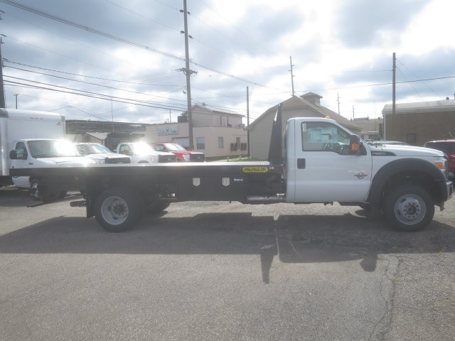 2016 F-550 Regular Cab DRW 4x4, Palfinger Platform Body #F34779 - photo 5