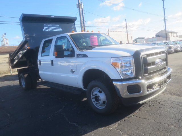 2016 F-350 Crew Cab DRW 4x4, Reading Dump Body #F34813 - photo 4