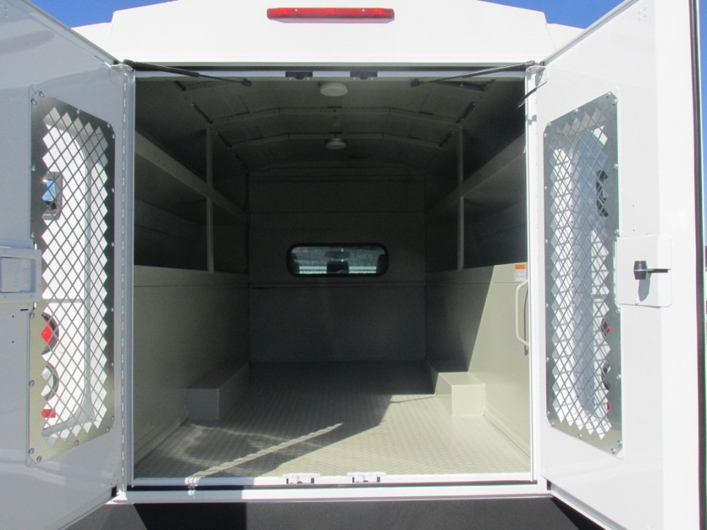 2016 F-450 Regular Cab DRW 4x4, Knapheide Service Utility Van #T60534 - photo 10