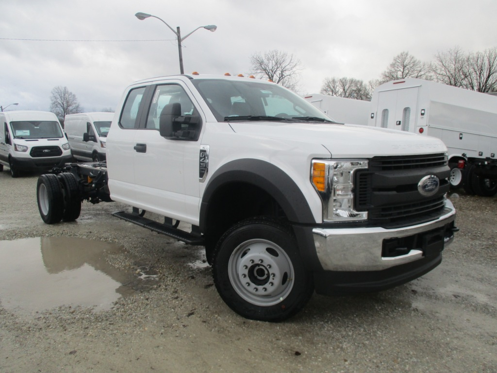 2017 F-450 Super Cab DRW 4x4 Cab Chassis #T70285 - photo 3