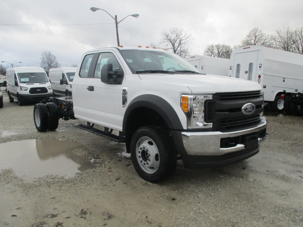 2017 F-450 Super Cab DRW 4x4 Cab Chassis #T70285 - photo 4