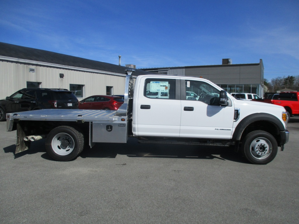 2017 F-550 Crew Cab DRW 4x4, Moritz International Inc. Platform Body #T70287 - photo 3