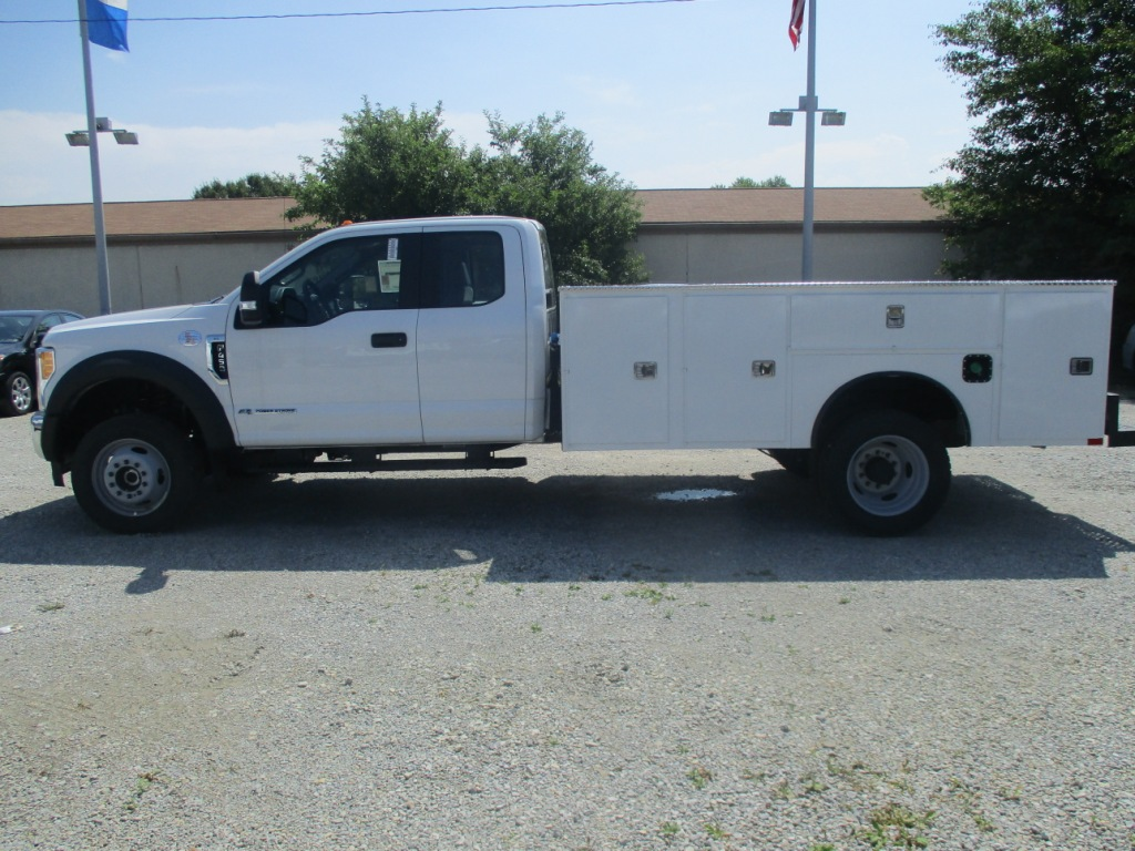 2017 F-450 Super Cab DRW 4x4, Dakota Service Body #T70343 - photo 6