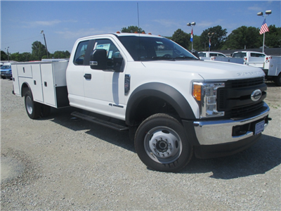 2017 F-450 Super Cab DRW 4x4, Dakota Service Body #T70343 - photo 19