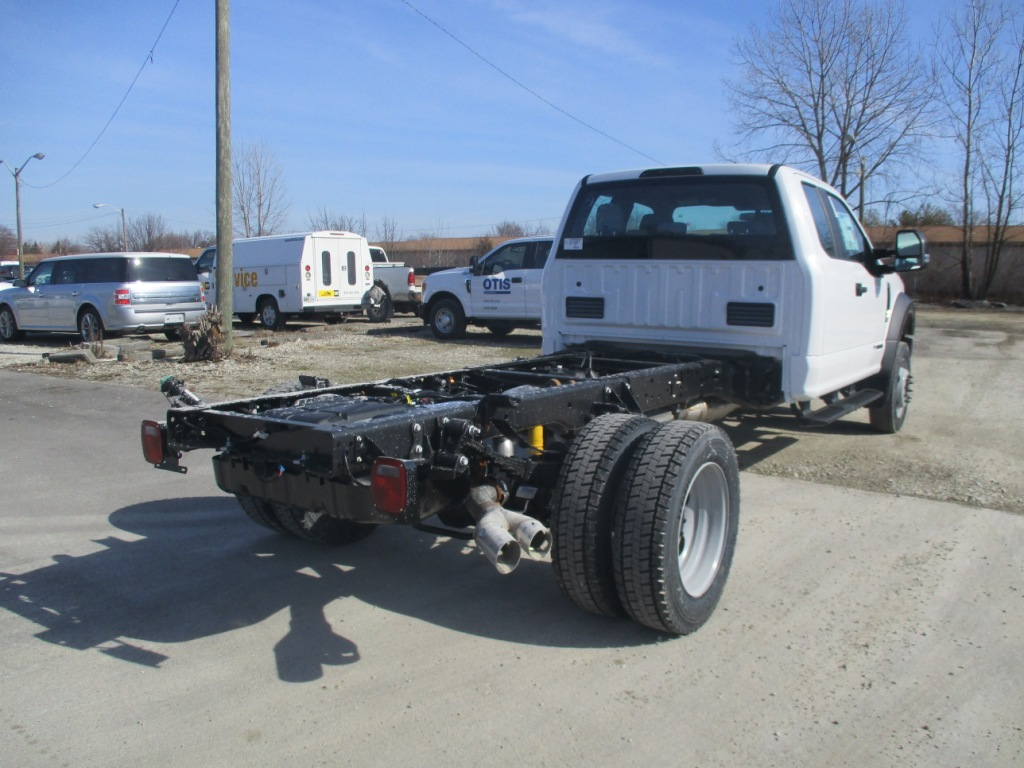 2017 F-550 Super Cab DRW 4x4 Cab Chassis #T70344 - photo 2