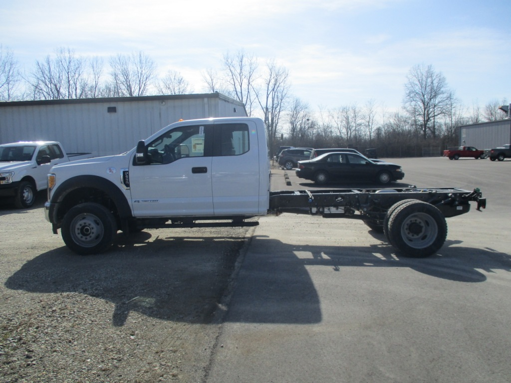 2017 F-550 Super Cab DRW 4x4 Cab Chassis #T70344 - photo 6