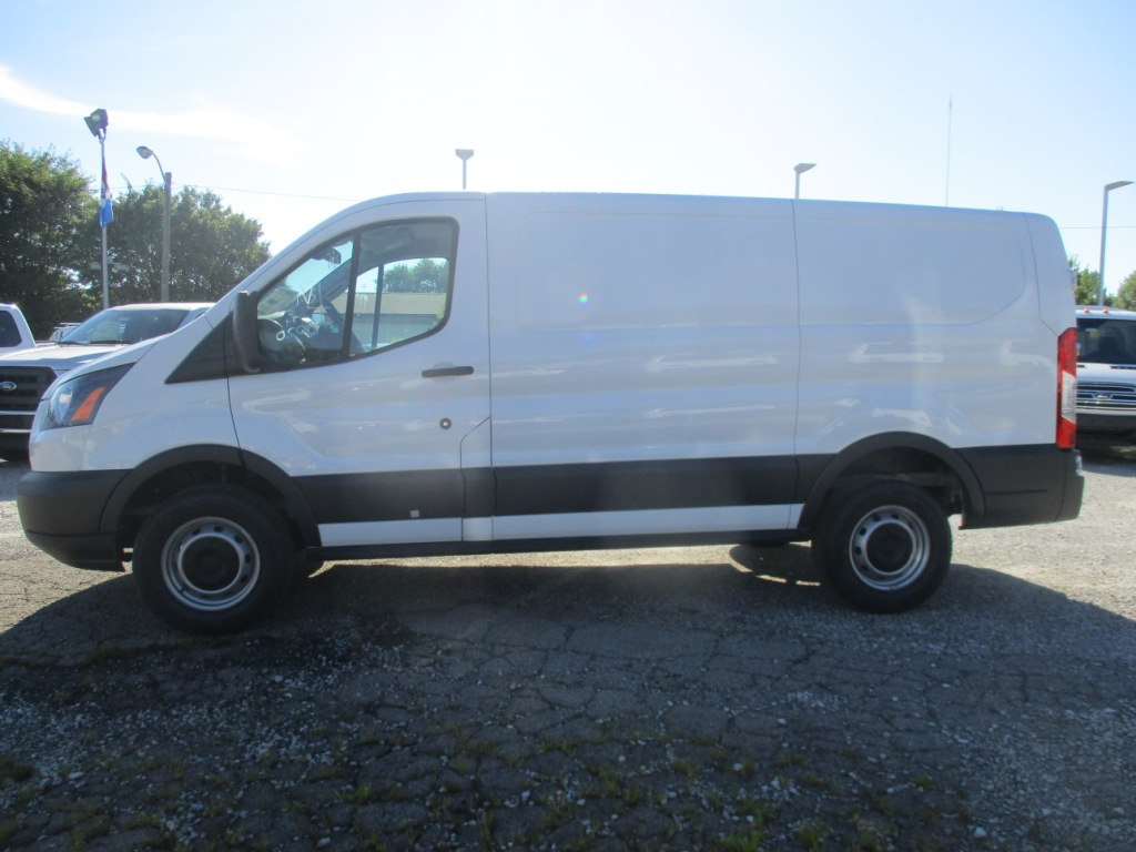 2017 Transit 250 Cargo Van #T70672 - photo 8