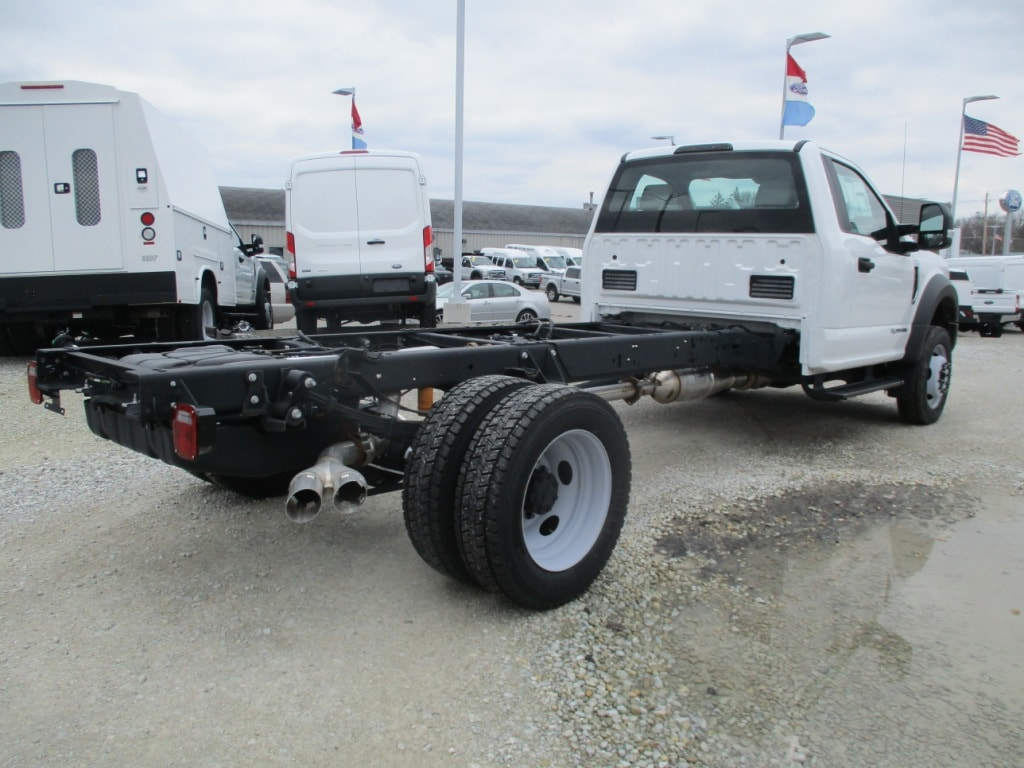 2017 F-450 Regular Cab DRW 4x4,  Cab Chassis #T70866 - photo 2