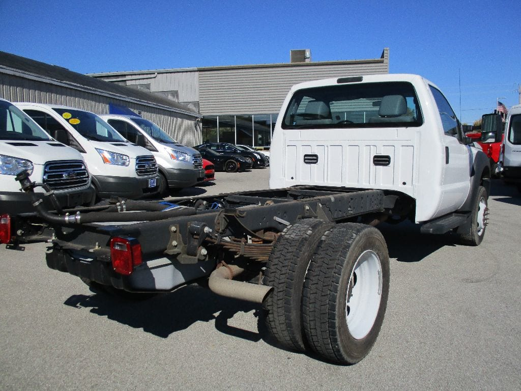 2016 F-550 Regular Cab DRW 4x2,  Cab Chassis #T80622C - photo 2