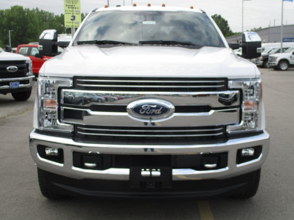 2018 F-350 Crew Cab DRW 4x4,  Pickup #T80643 - photo 10