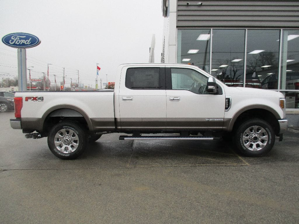 2019 F-250 Crew Cab 4x4,  Pickup #T90087 - photo 3
