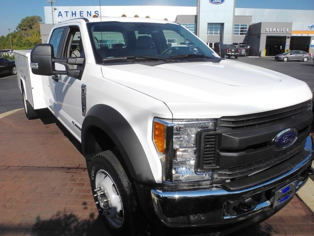 2017 F-550 Crew Cab DRW 4x4, Reading Service Body #EB30616 - photo 3